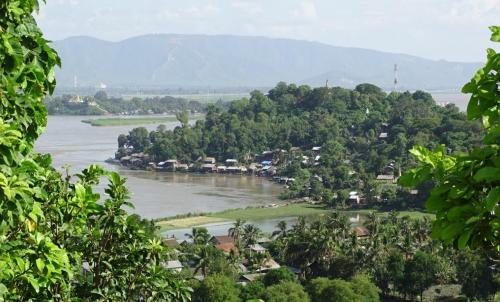 Between-Bhamo-Mandalay_0