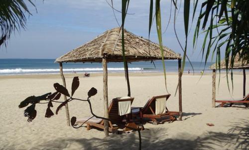Ngwe Saung Beach_0