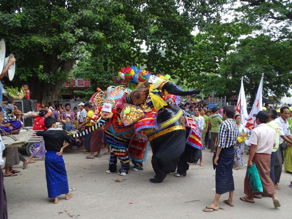 Elefanten-Fest in Kyaukse-0
