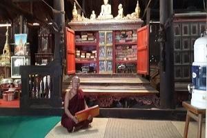 Teakholz-Kloster Sarasana Yaungchi